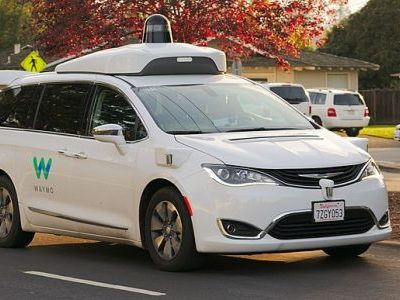 Driverless cars set to deliver UPS parcels