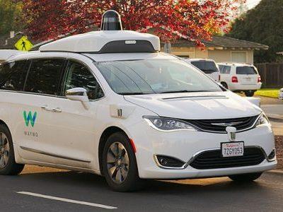 Driverless cars set to deliver UPS parcels